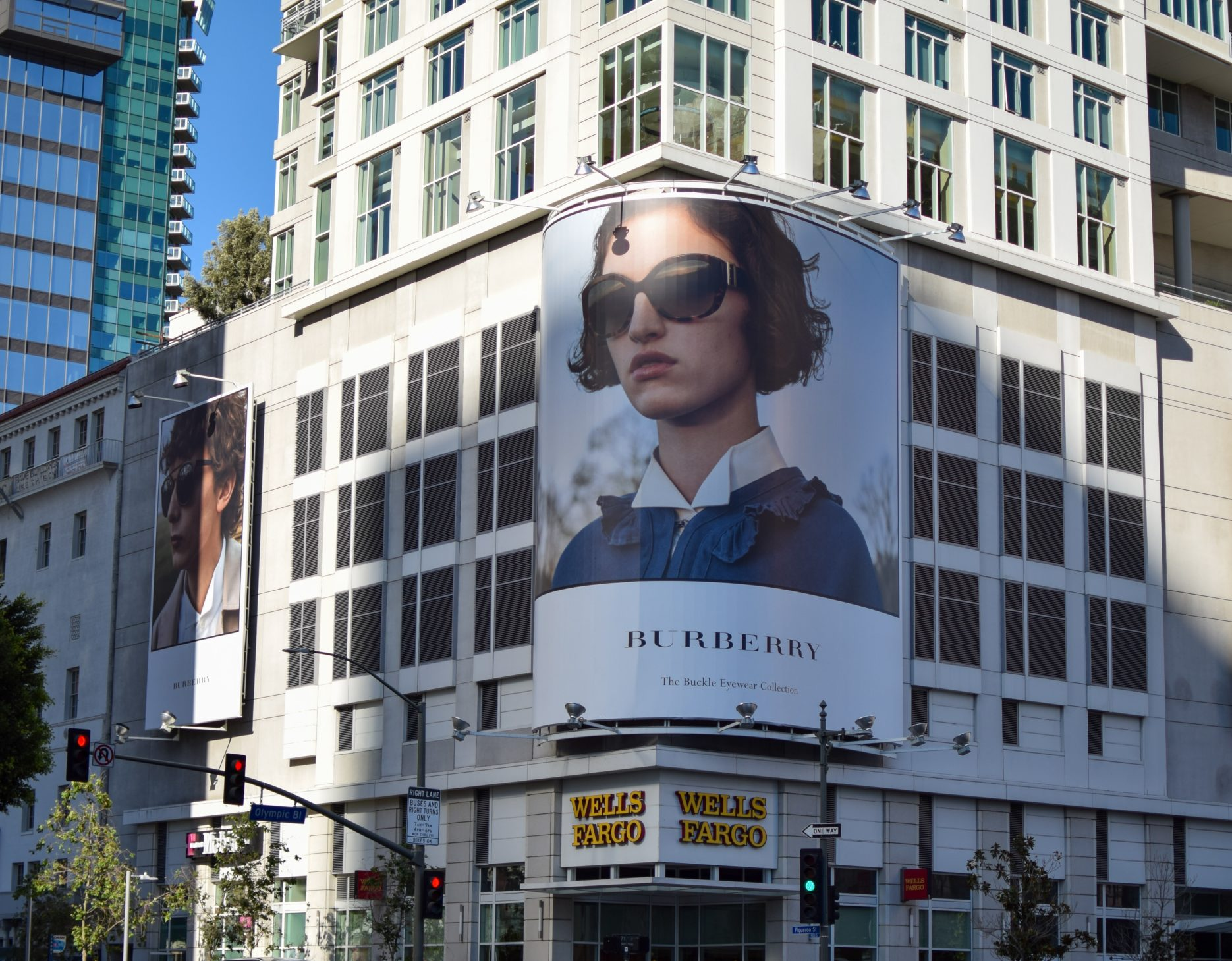 China retail: Burberry & Tencent launch store
