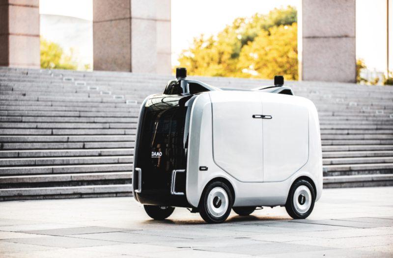 Alibaba Cloud releases logistics robot