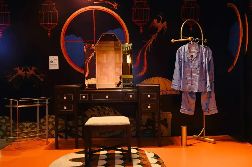 V&A pop-up store in Shanghai