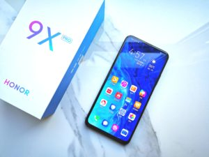 Smartphone brand Honor sold by Huawei