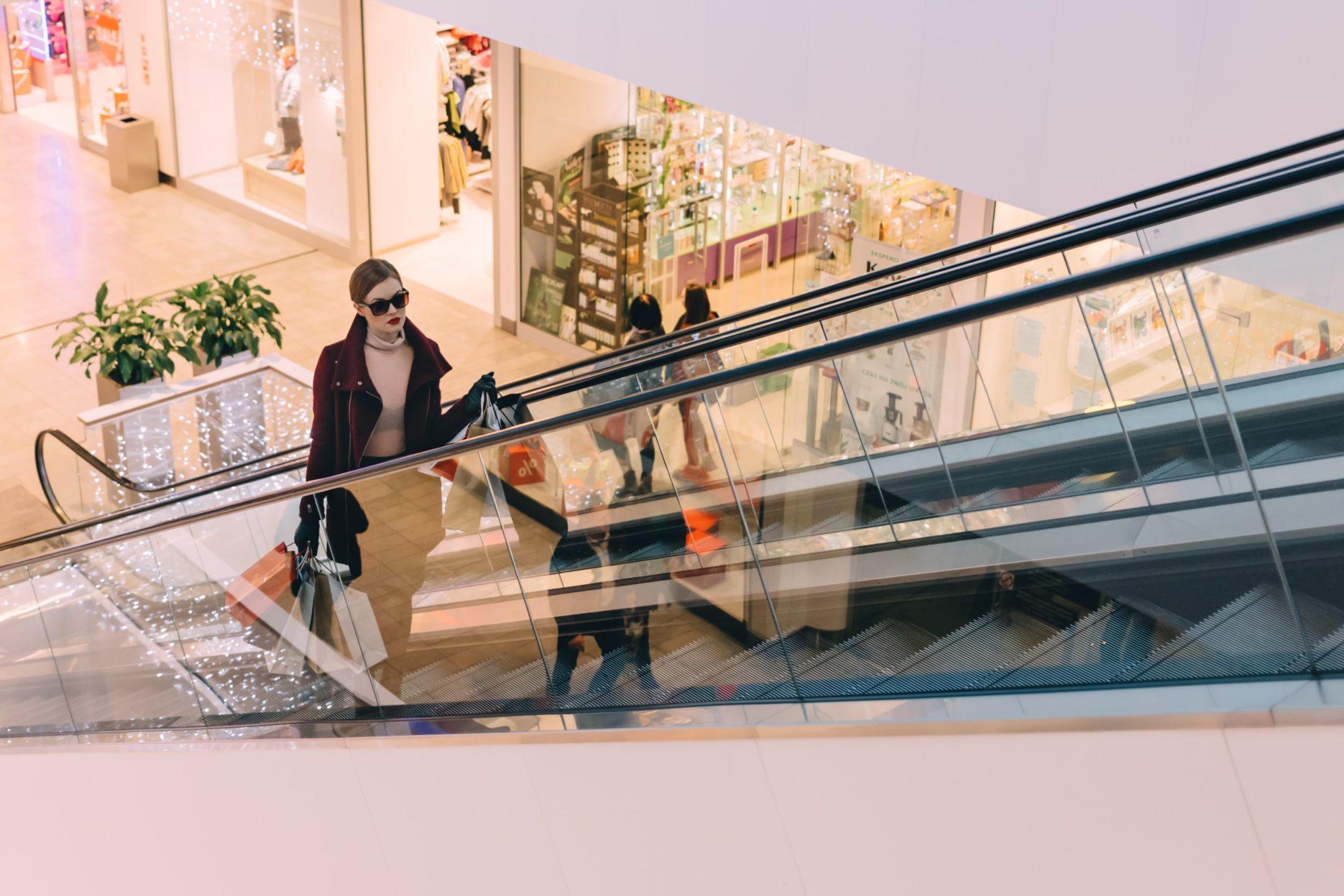 Shopping in China. Credit: Unsplash