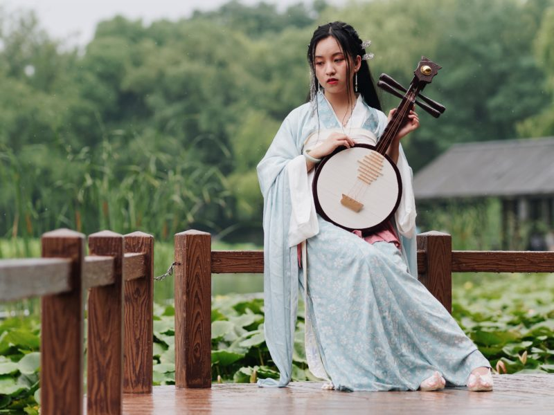 Traditional Chinese hanfu clothing. Credit: Adobe Stock.