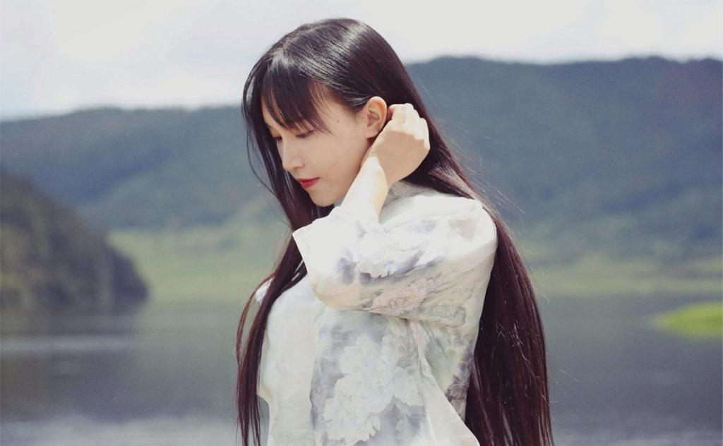 Chinese blogger Li Ziqi