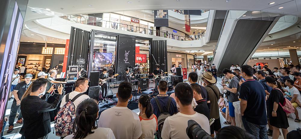 Shoppers in Hainan's Haitang Bay Duty Free Mall