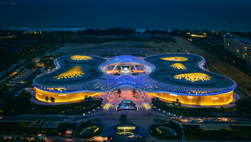 Hainan's glitzy Haitang Bay Duty Free Mall