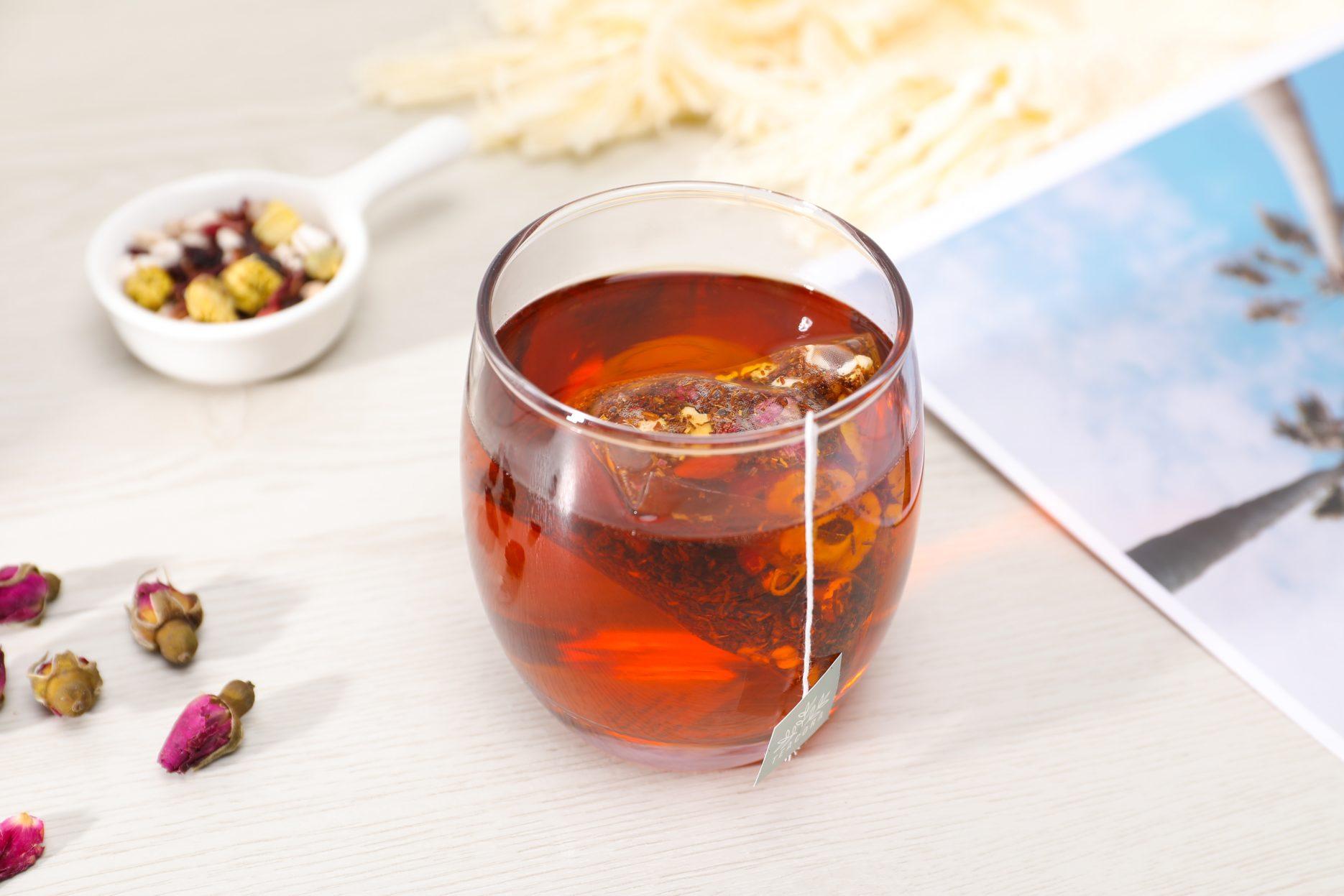 Teabag in mug. Credit: teacora-rooibos Unsplash